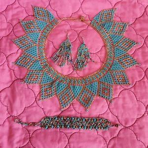 Jewelry - Handmade beaded necklace set